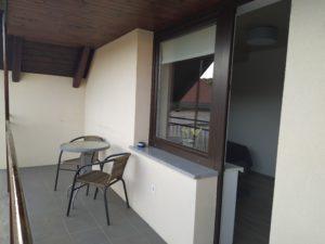 Apartma 3, balkon